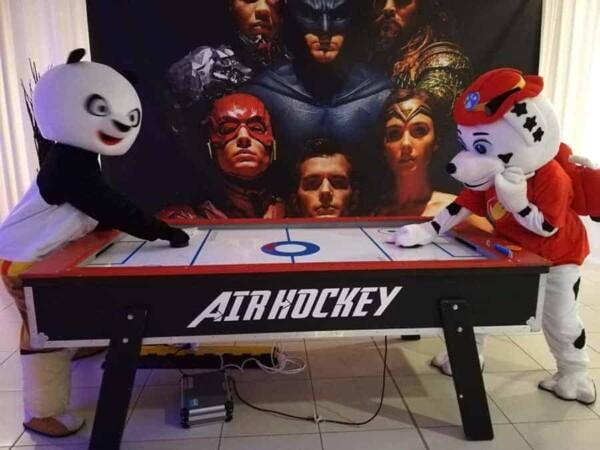 Air Hockey : avec mascottes
