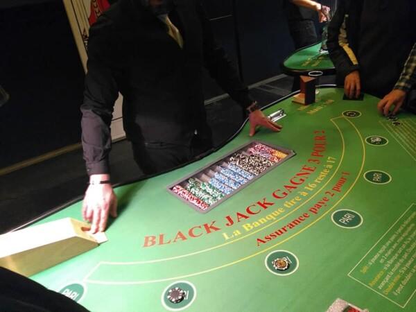 Black jack : table en jeu