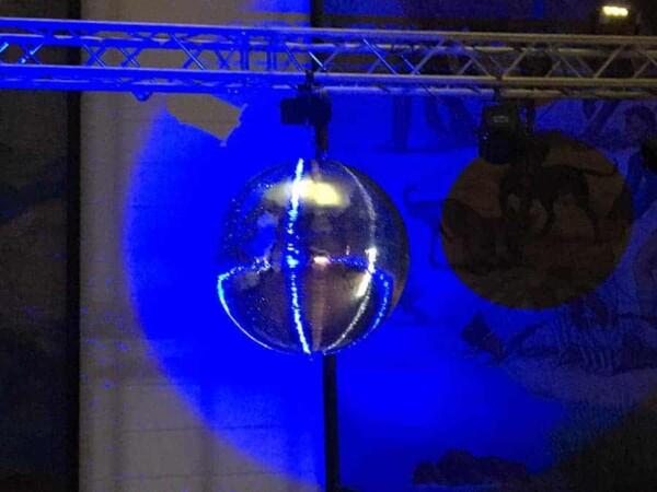 Boule à facettes 70cm : fond bleue