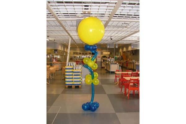 Colonne en ballons à ressort : Ikea typique