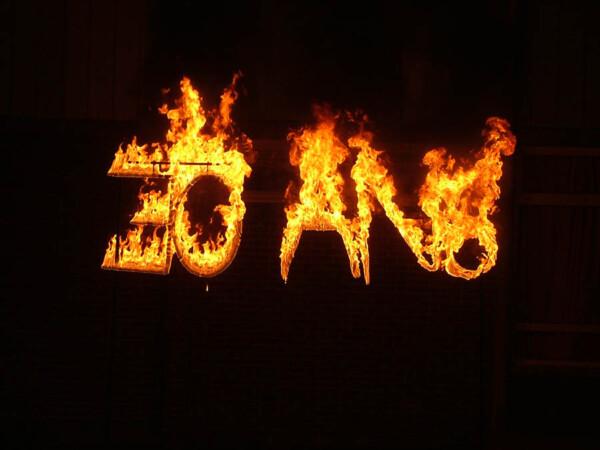 Lettres enflammées