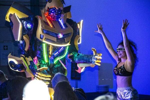Robot Transformer : Bumblebee danse
