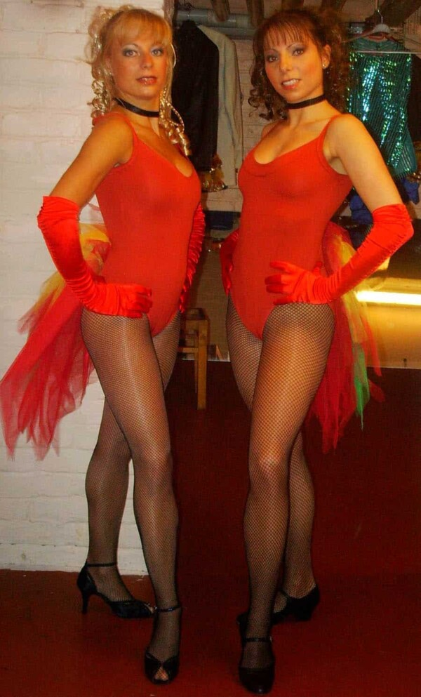 Danseuses : les danseuses en place