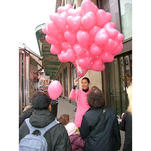 Distribution ballons St Valentin Coeur4