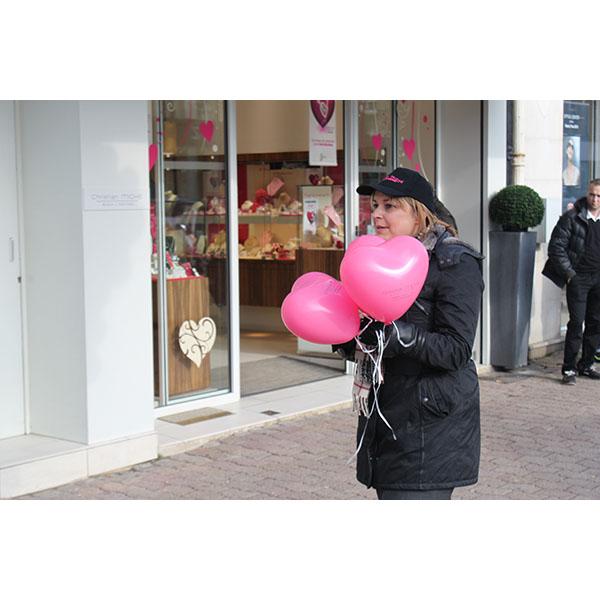 Distribution ballons St Valentin Coeur9