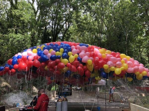 Distribution de ballons : strockage filet 2