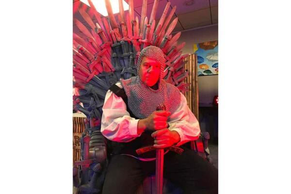 Game of Thrones : le trone avec le chevalier