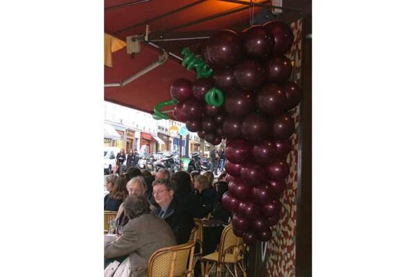 Grappe de raisin en ballon : fête du beaujolais