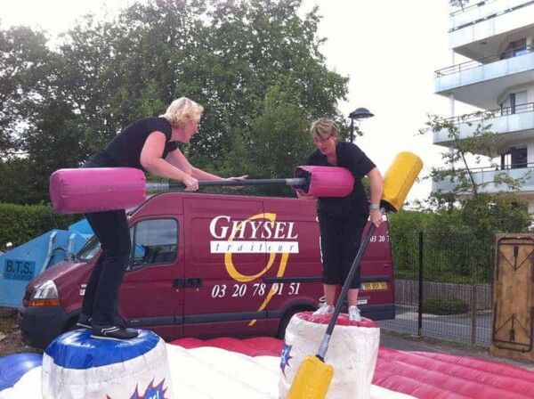 Joutes gonflables : entre femmes