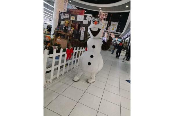 Mascotte Olaf : dans les magasins