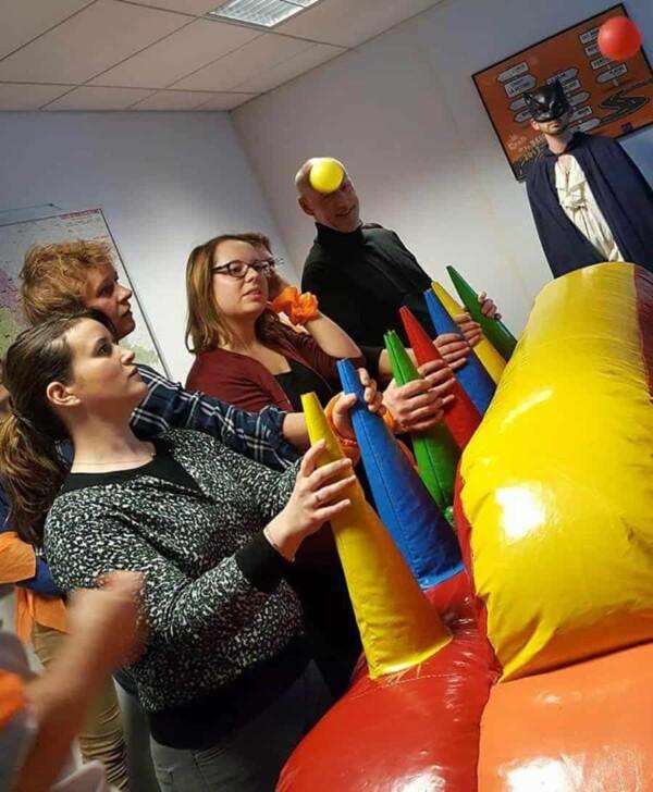 Noël à Fort Boyard : le jeu de balles volantes