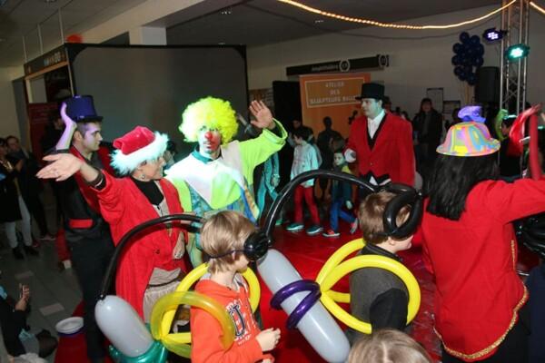 Noël au Cirque : la parade finale