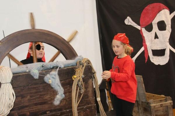 Noël chez les pirates : les pirates à la barre