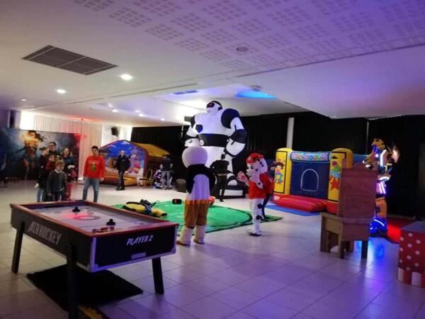 Noël chez les super héros : l'espace de jeu