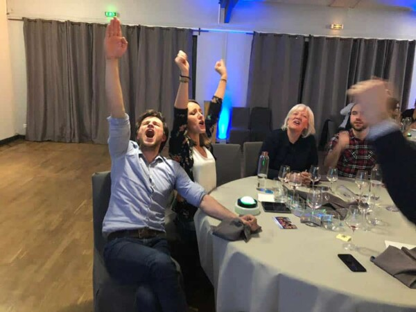Quizz buzzers à table : victoire