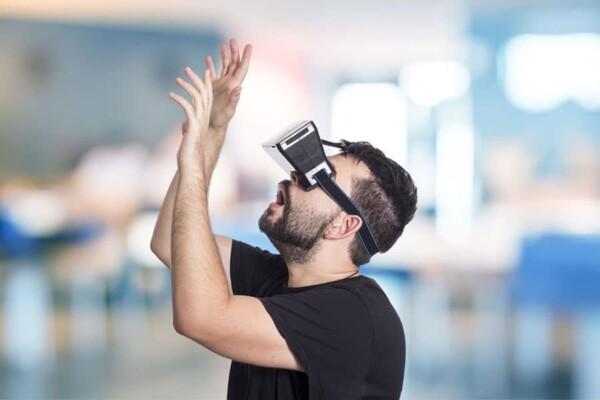 Réalité virtuelle : essai