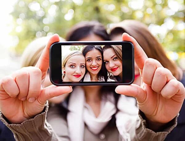 Selfie Adventure : selfie in selfie