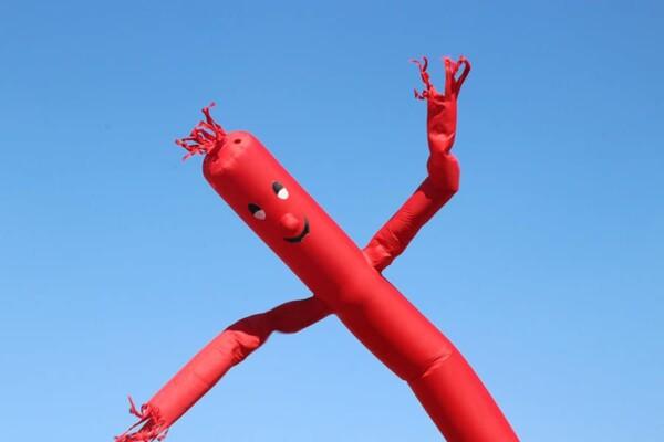 Sky dancer : le flu guy rouge