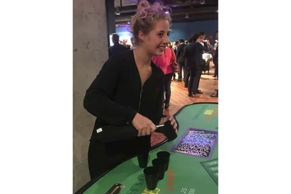 casino bières : croupière de jeu