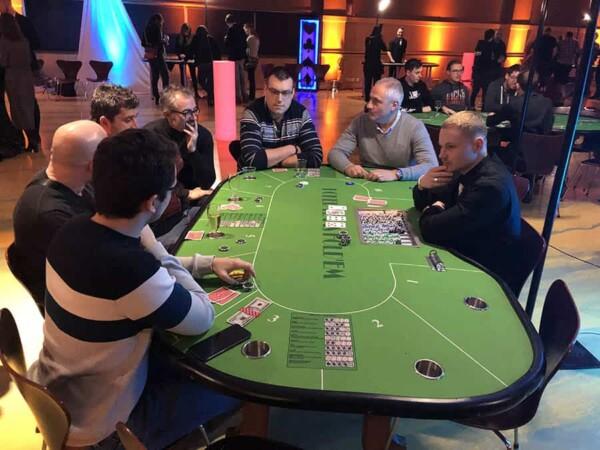 casino poker texas hold'em : en pleine partie
