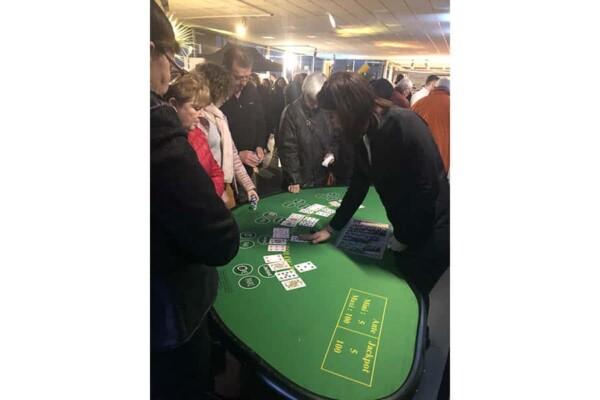 casino stud poker : en jeu
