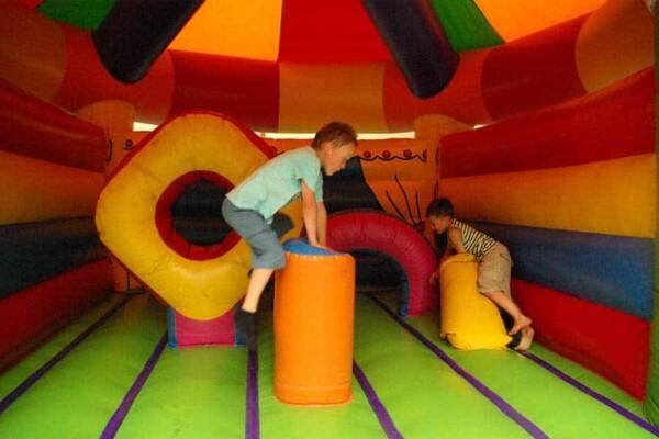château gonflable Circus : saute mouton